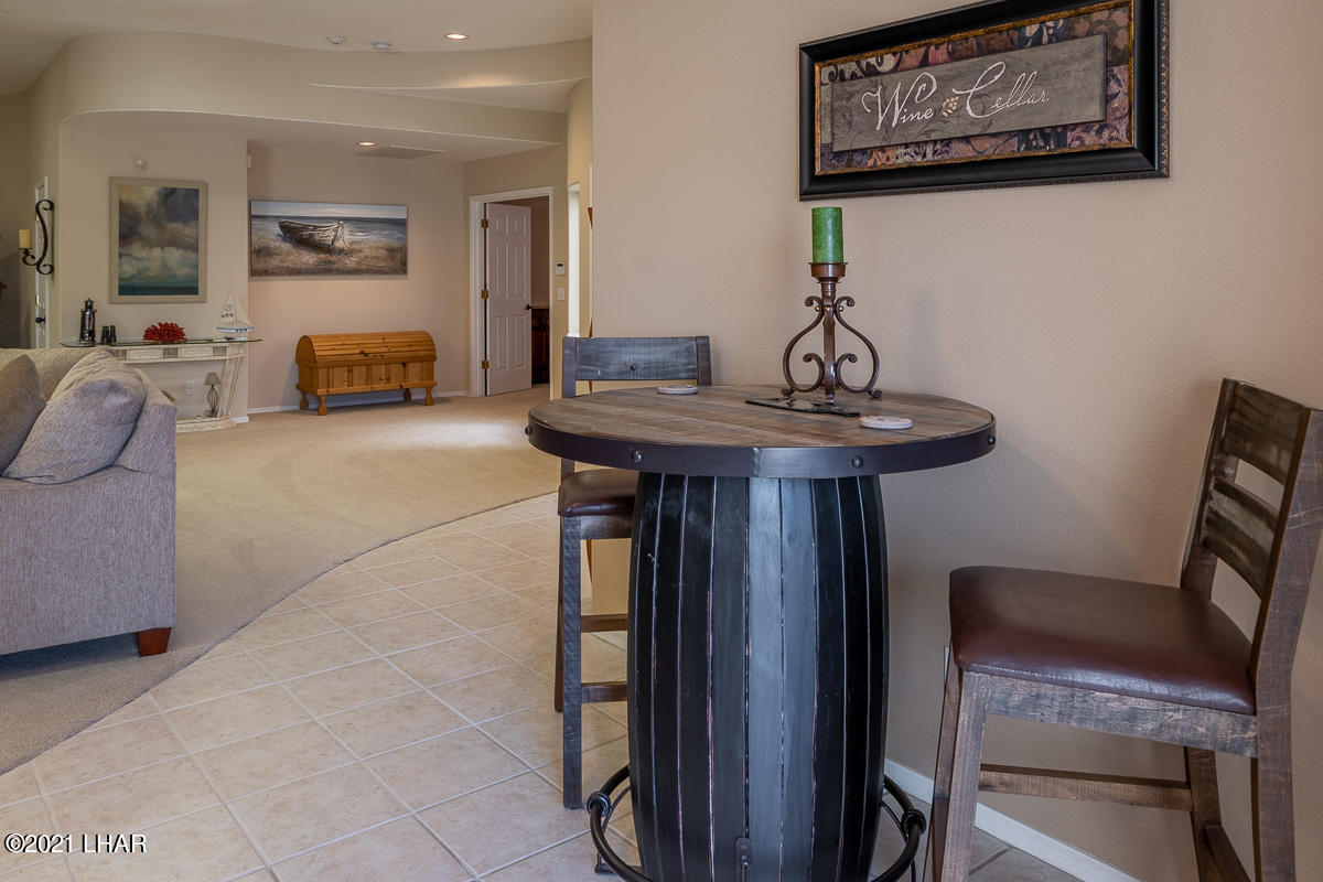 Listing photo id 39 for 2810 Castaway