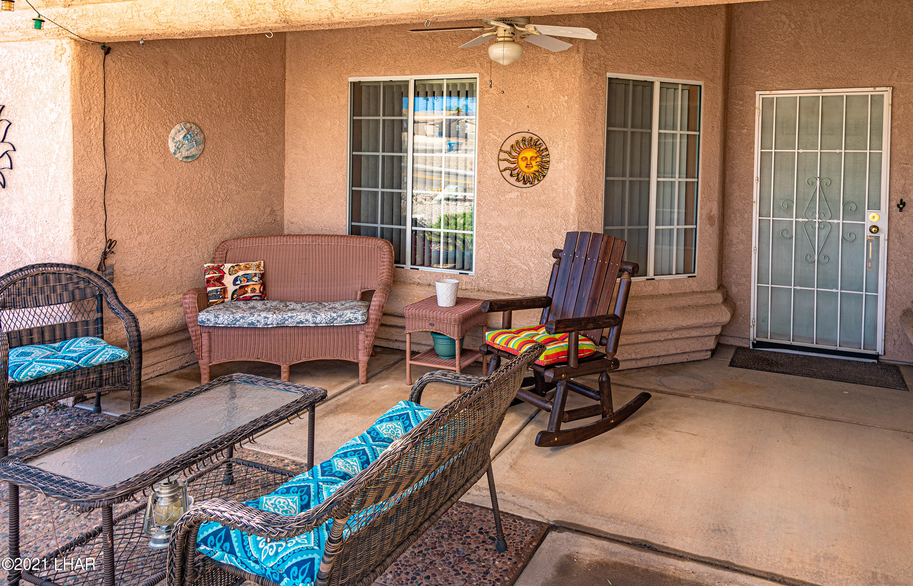 Listing photo id 7 for 1475 Avalon