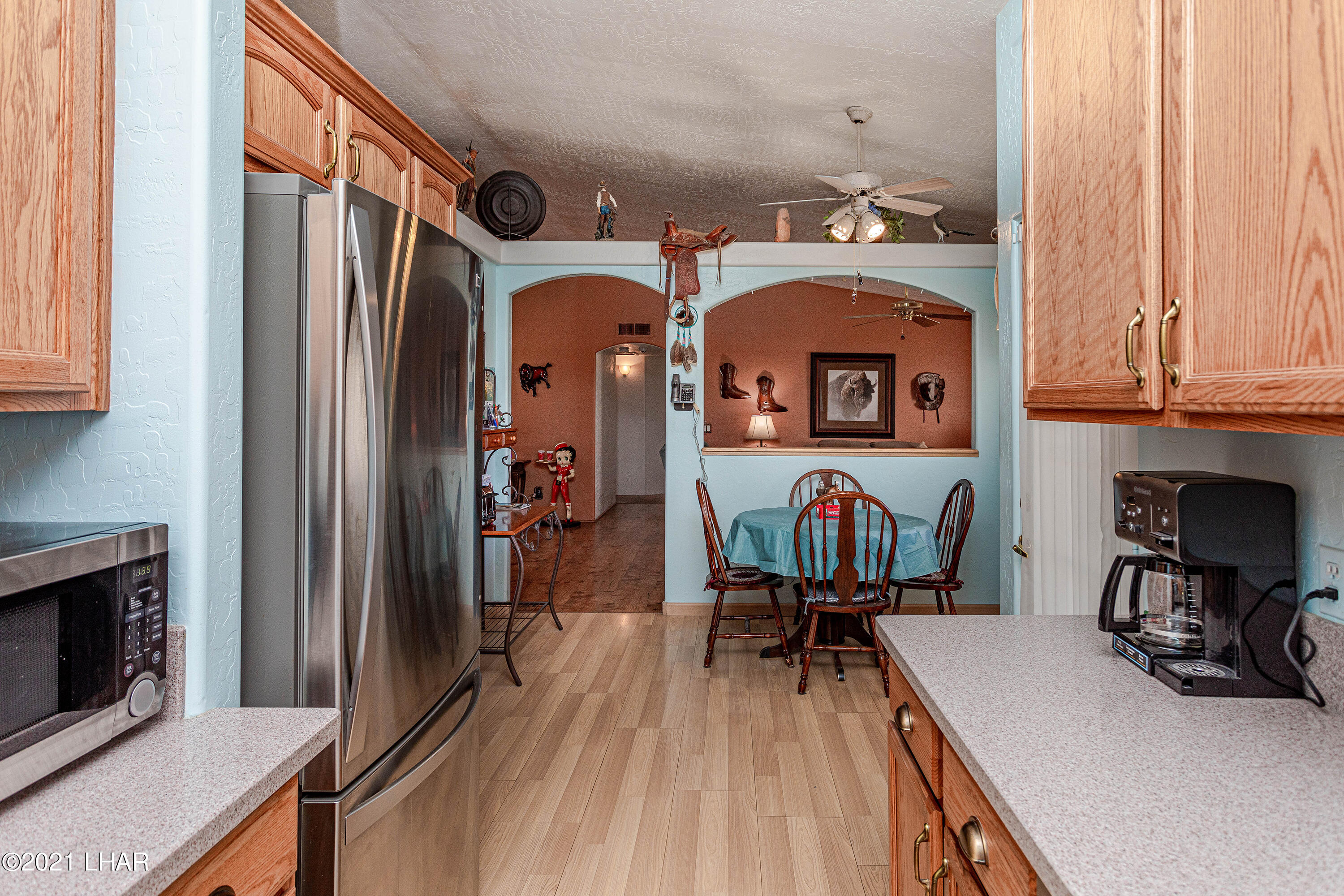 Listing photo id 17 for 1475 Avalon