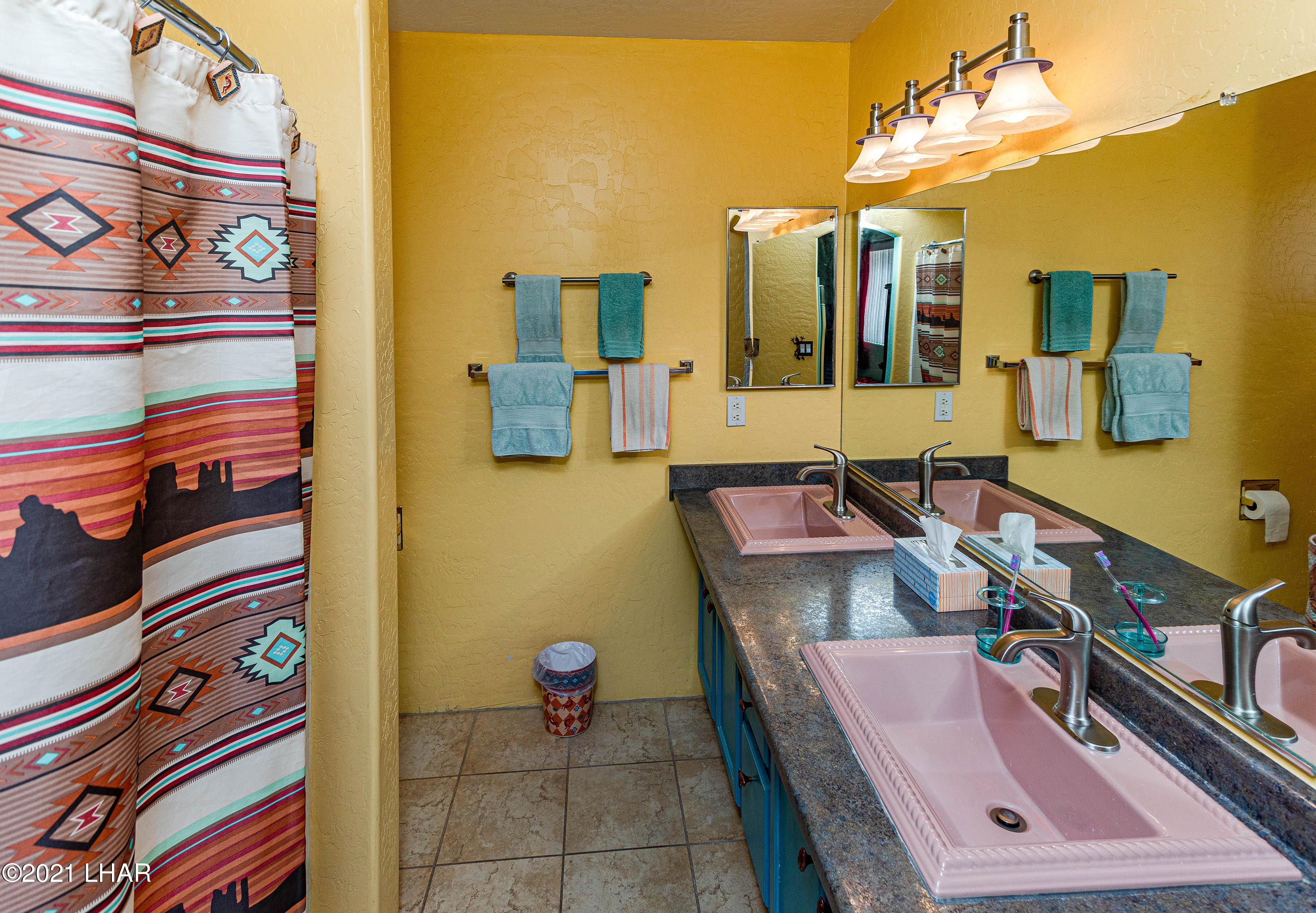 Listing photo id 22 for 1475 Avalon