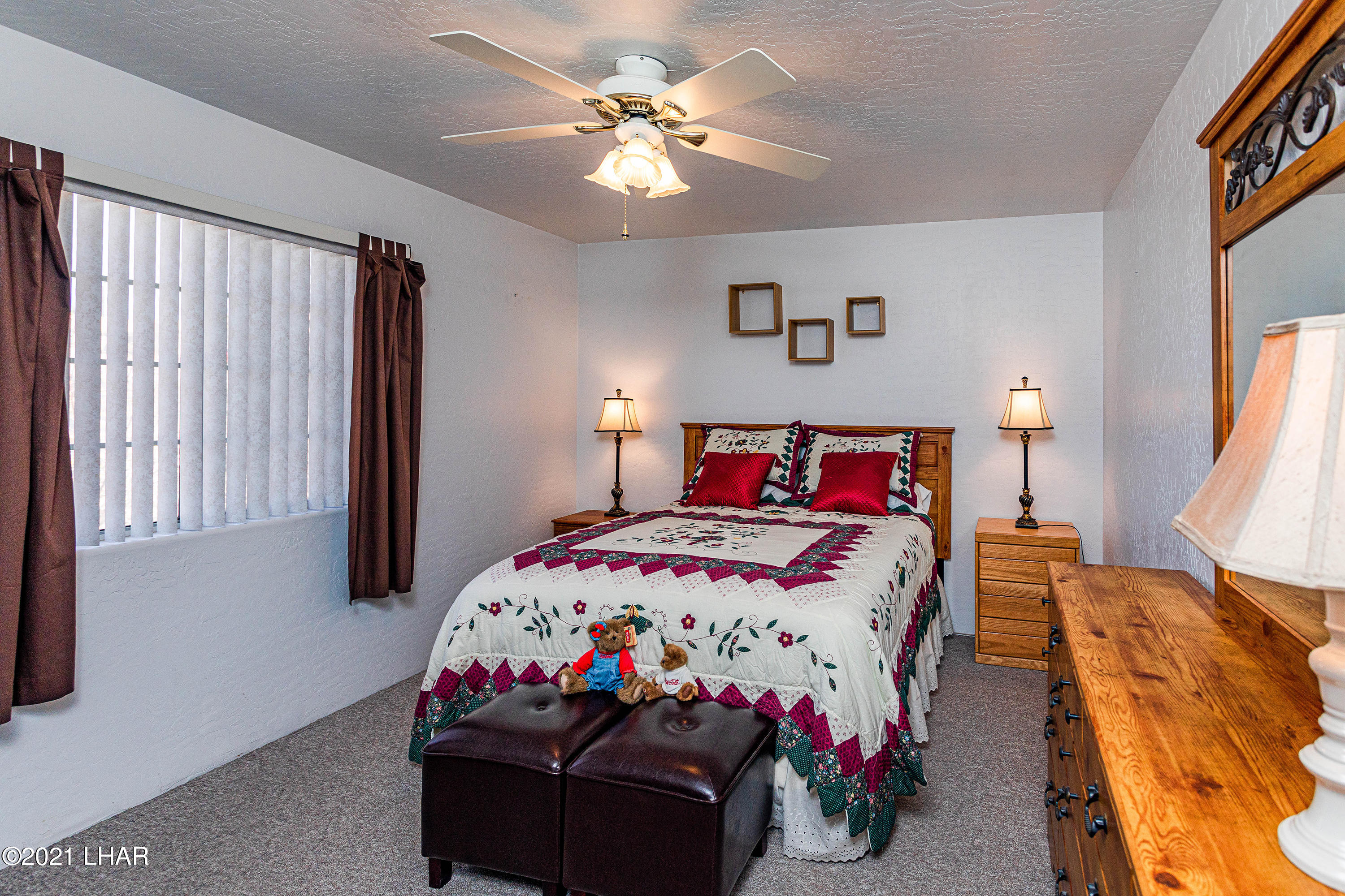 Listing photo id 23 for 1475 Avalon