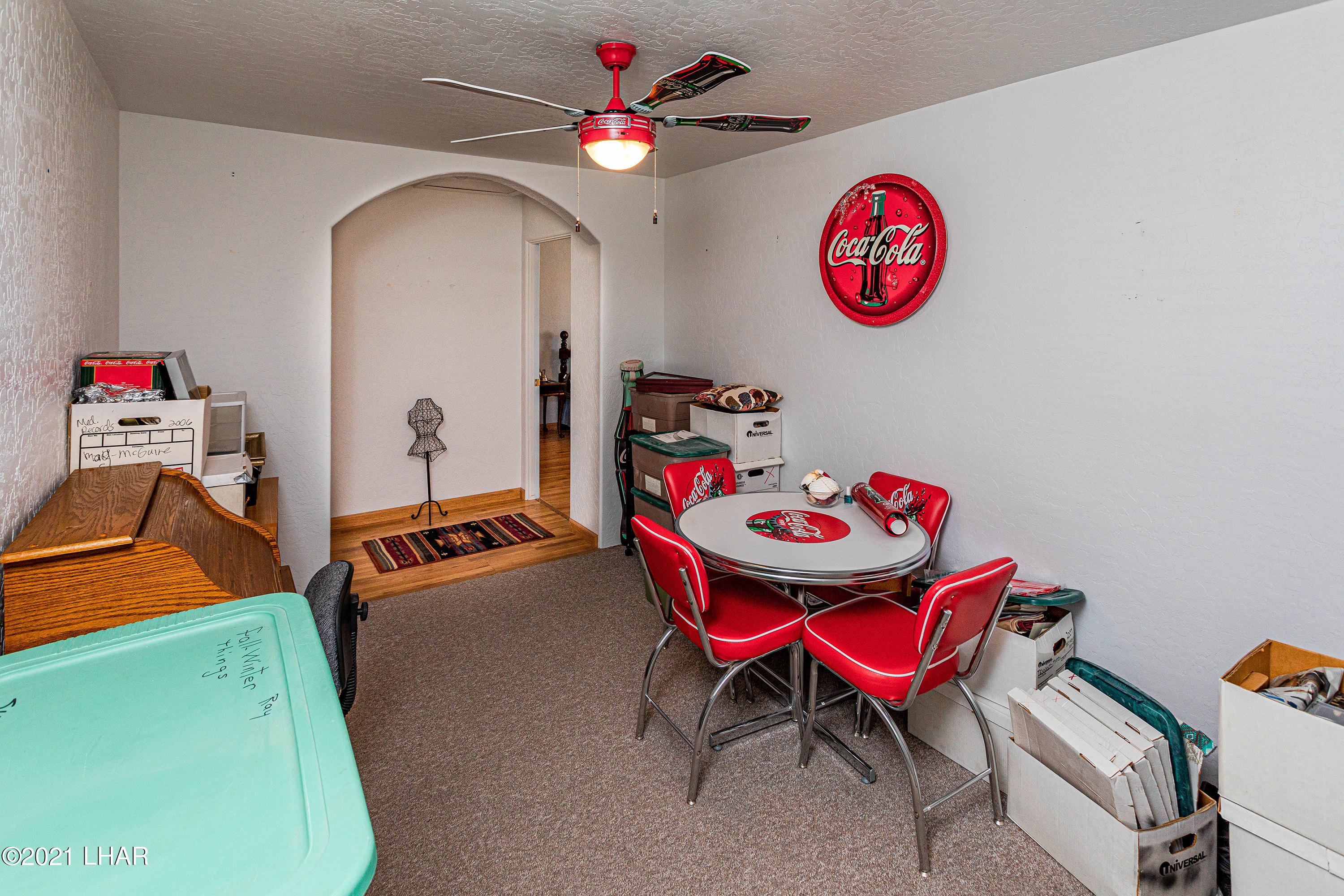Listing photo id 26 for 1475 Avalon