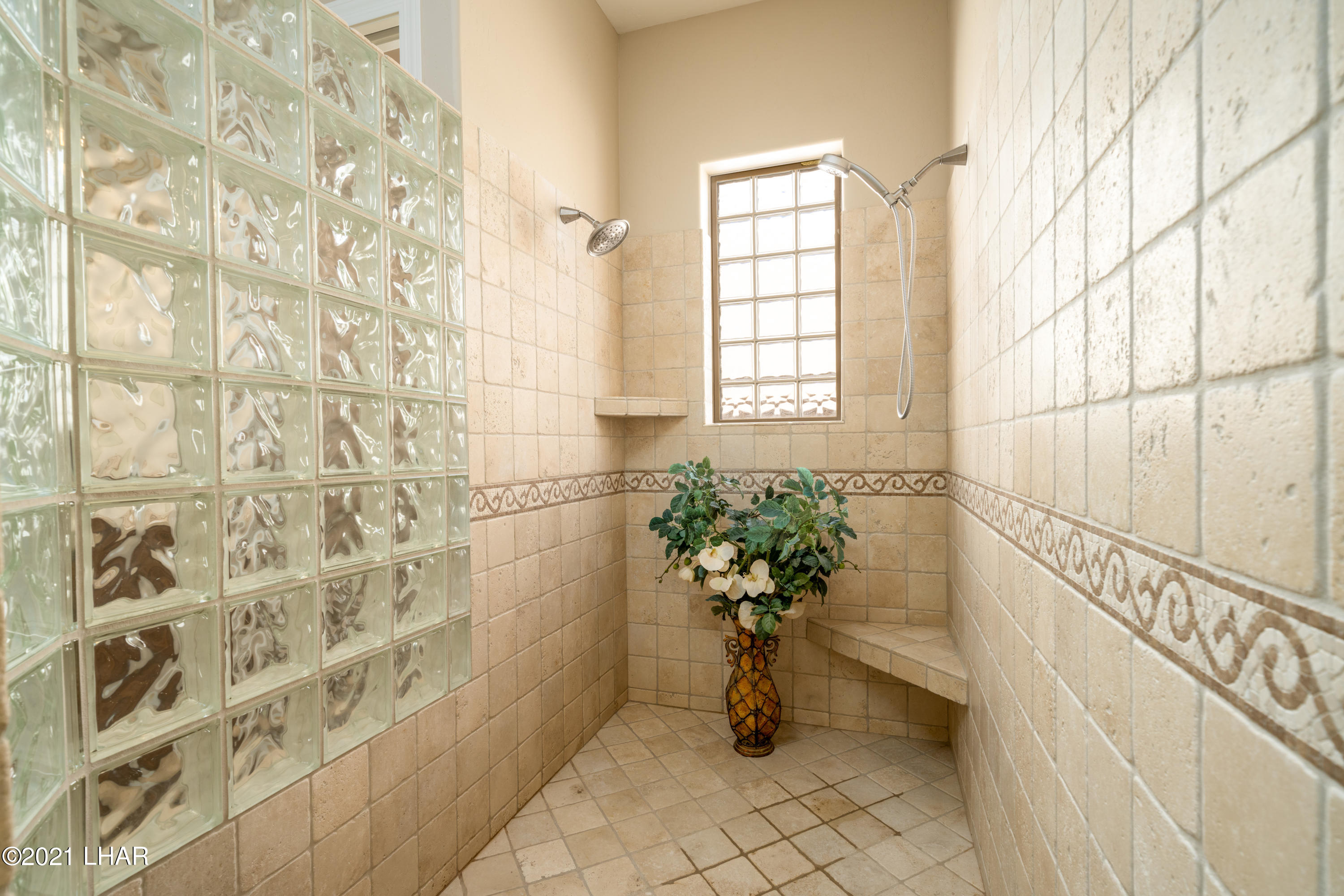 Listing photo id 24 for 4100 Black Hill