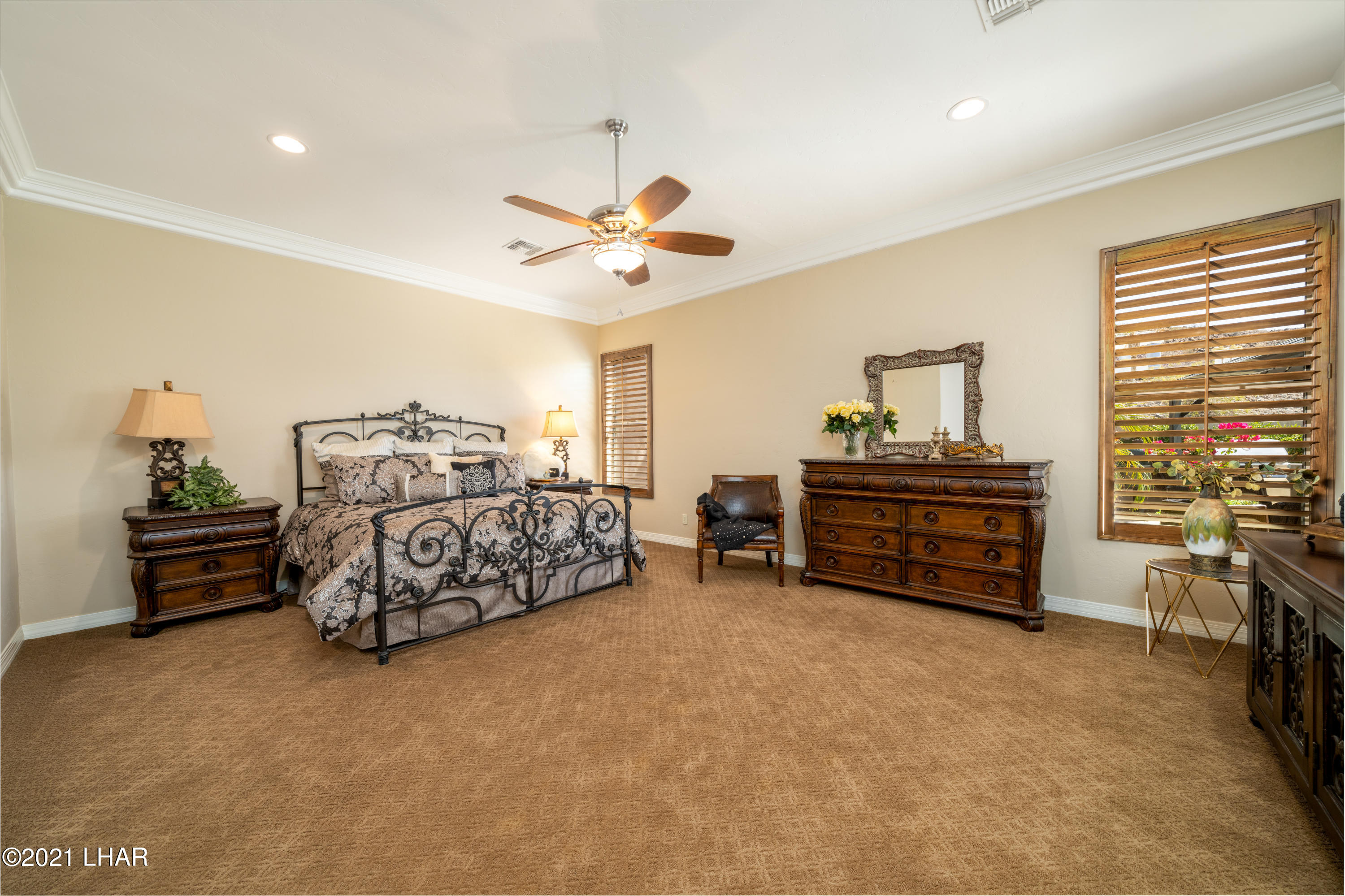 Listing photo id 21 for 4100 Black Hill