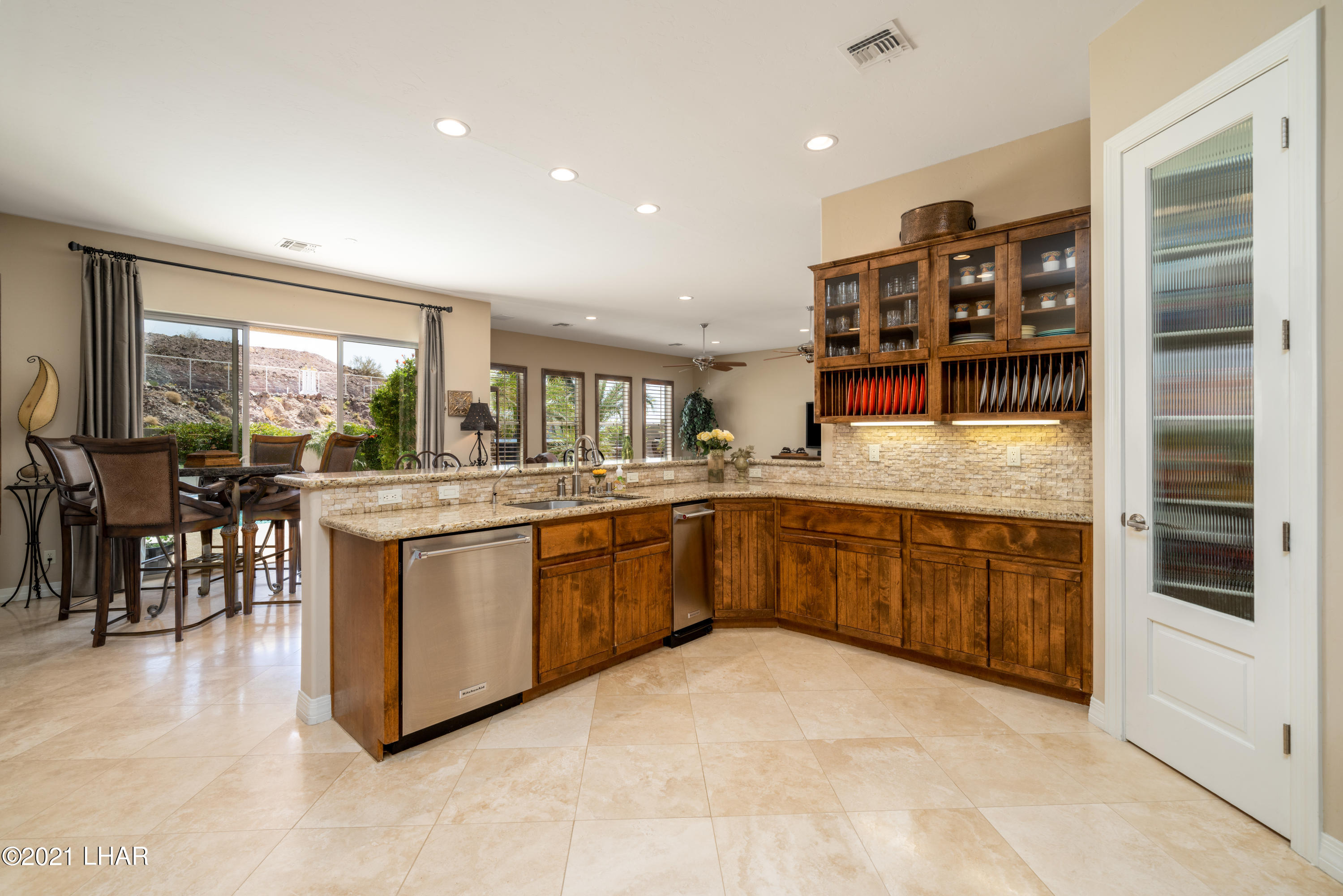 Listing photo id 25 for 4100 Black Hill