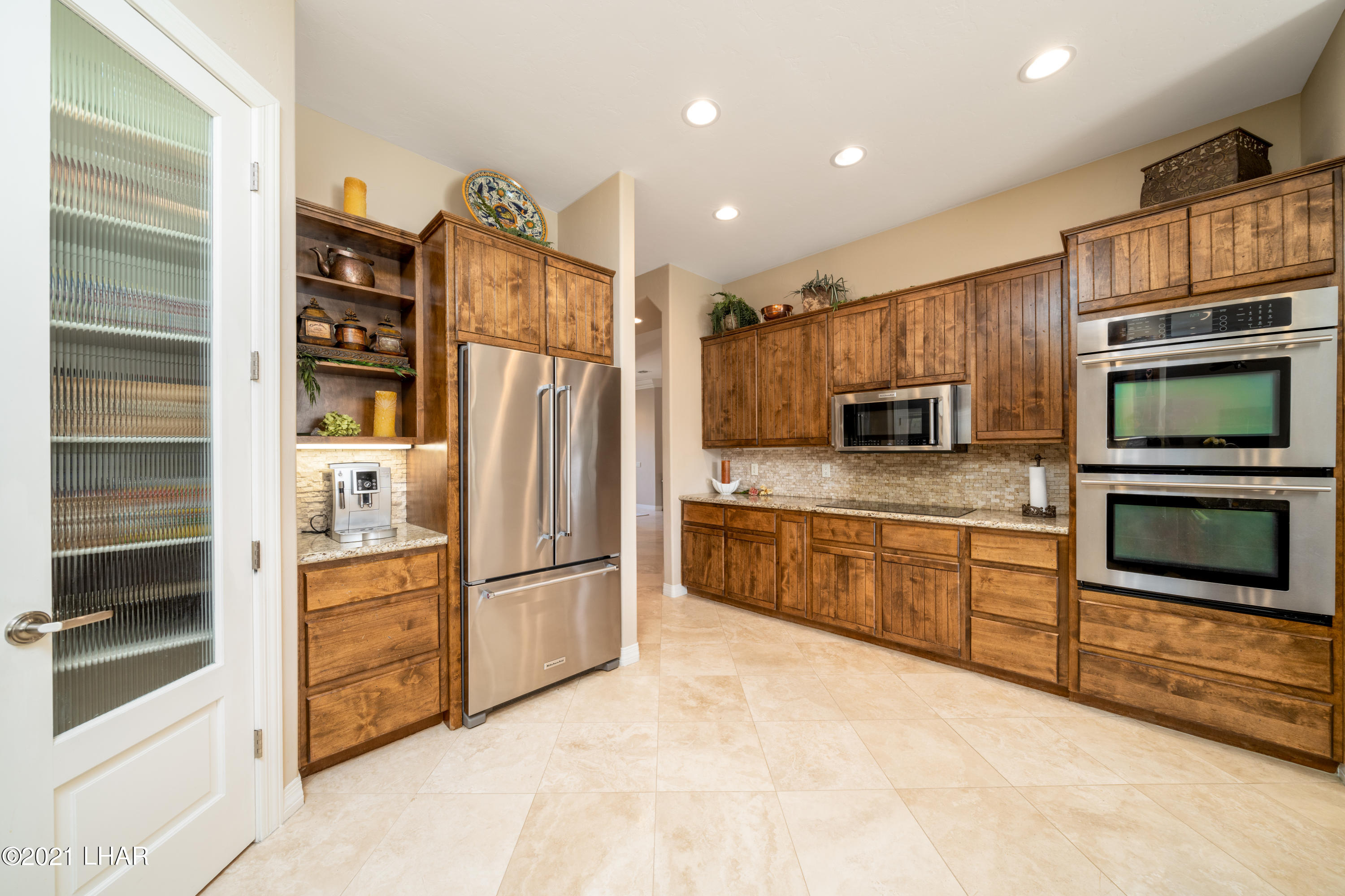 Listing photo id 27 for 4100 Black Hill