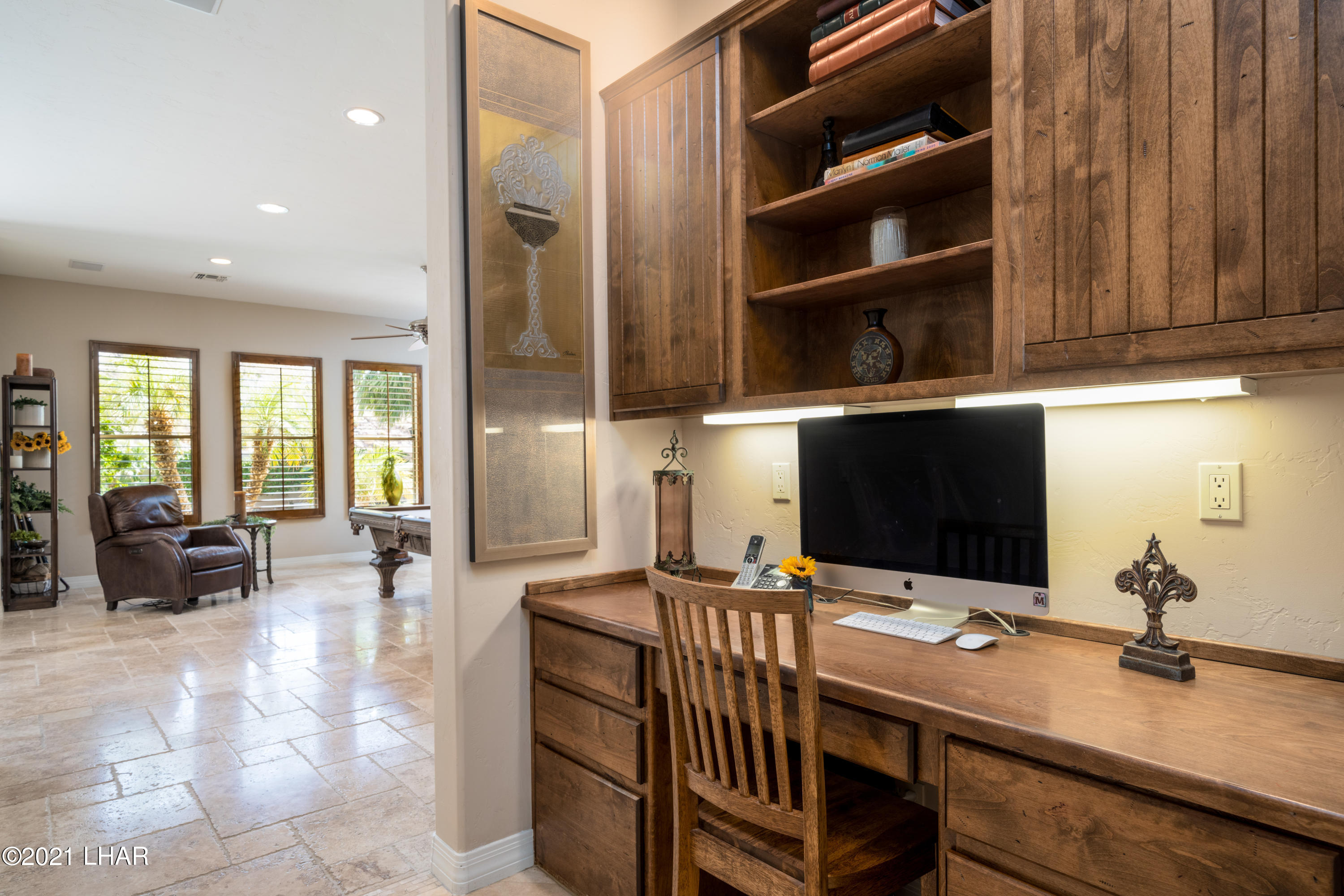 Listing photo id 33 for 4100 Black Hill
