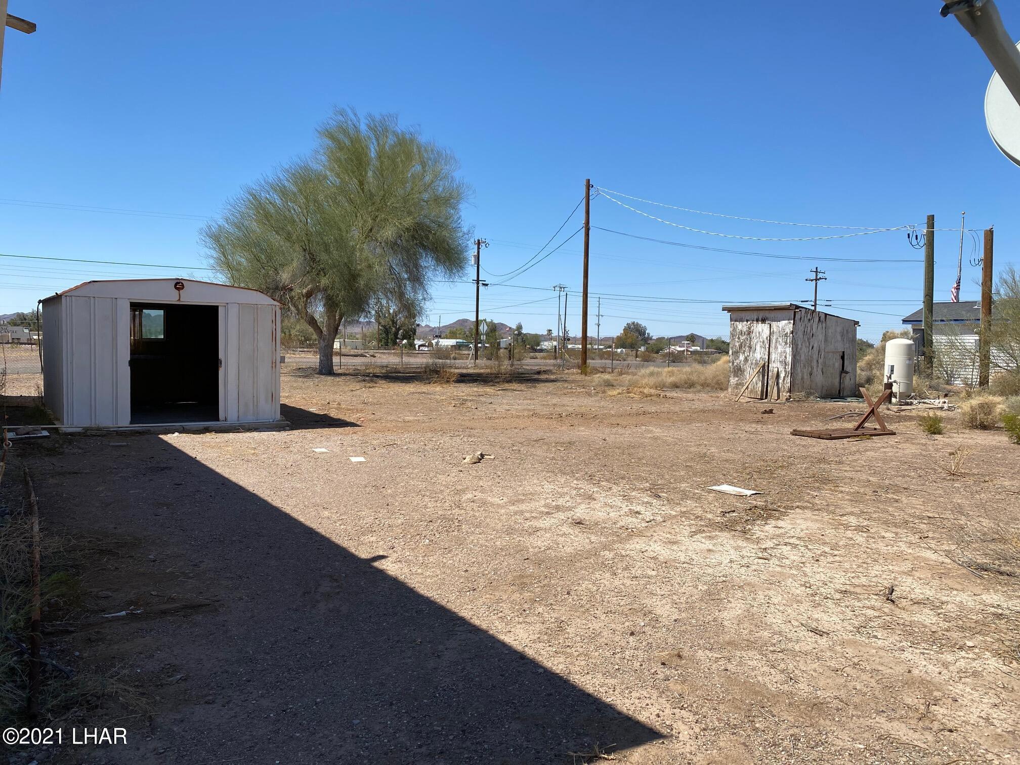 Listing photo id 5 for 27697 Santa Fe