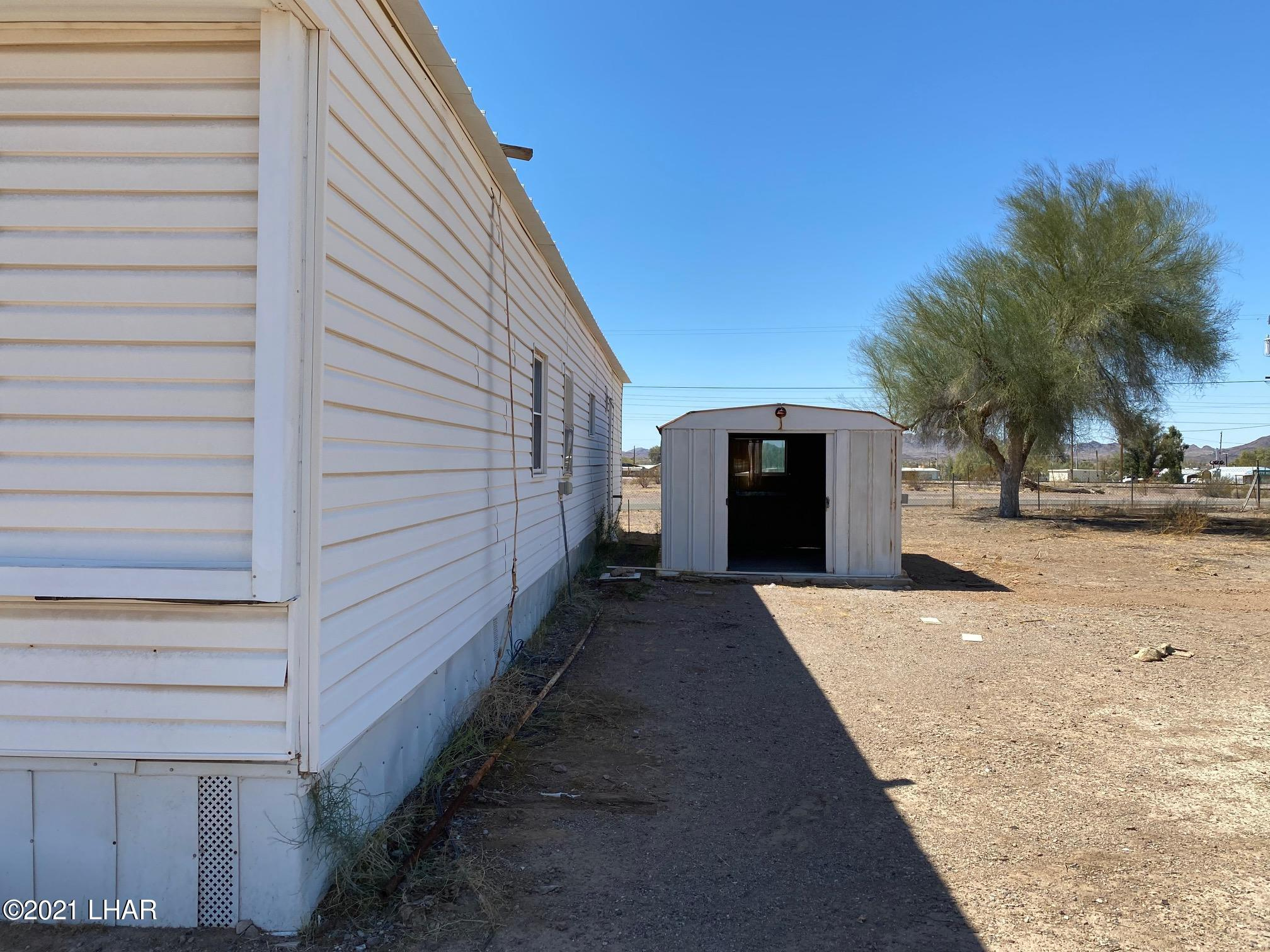 Listing photo id 6 for 27697 Santa Fe