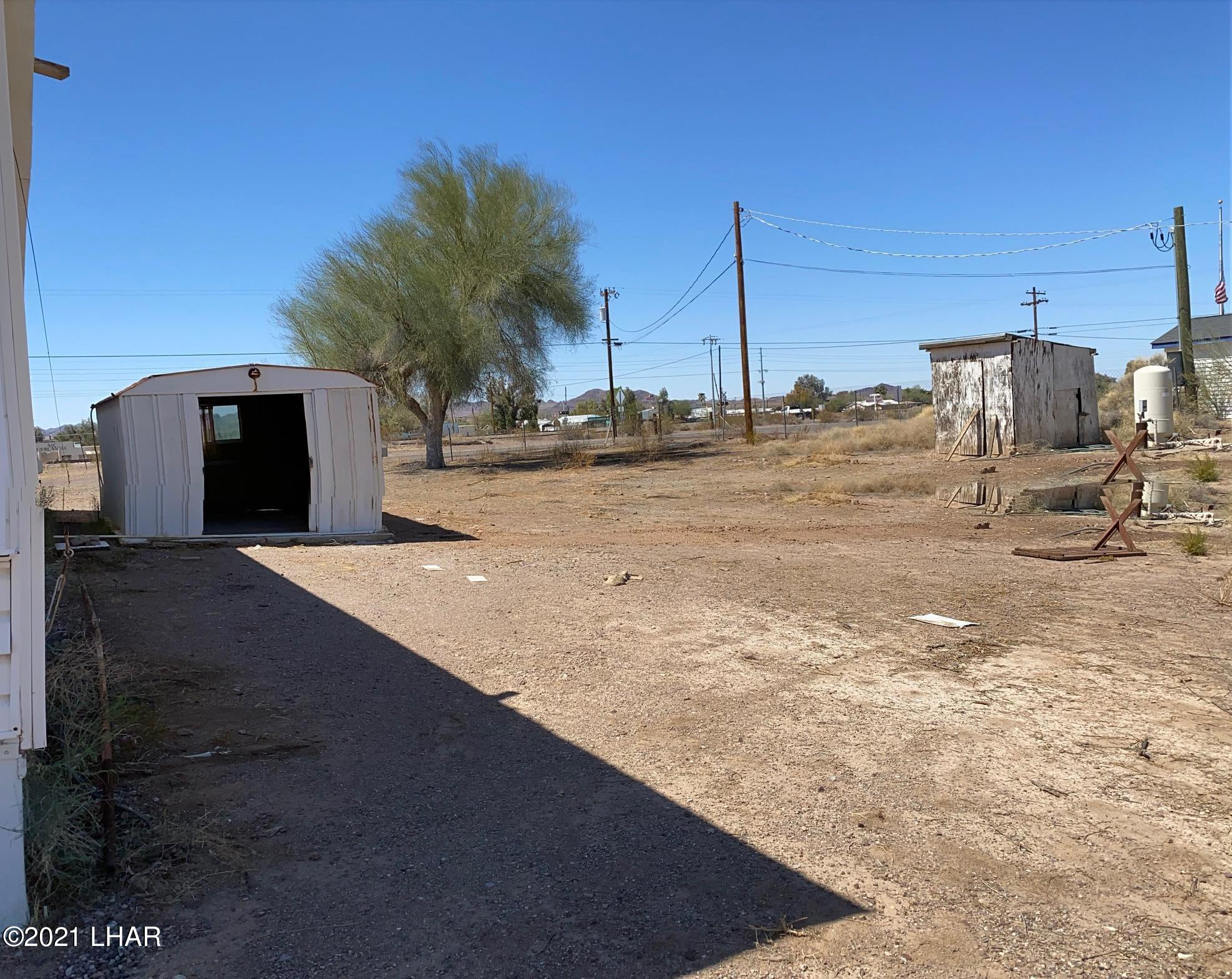 Listing photo id 4 for 27697 Santa Fe