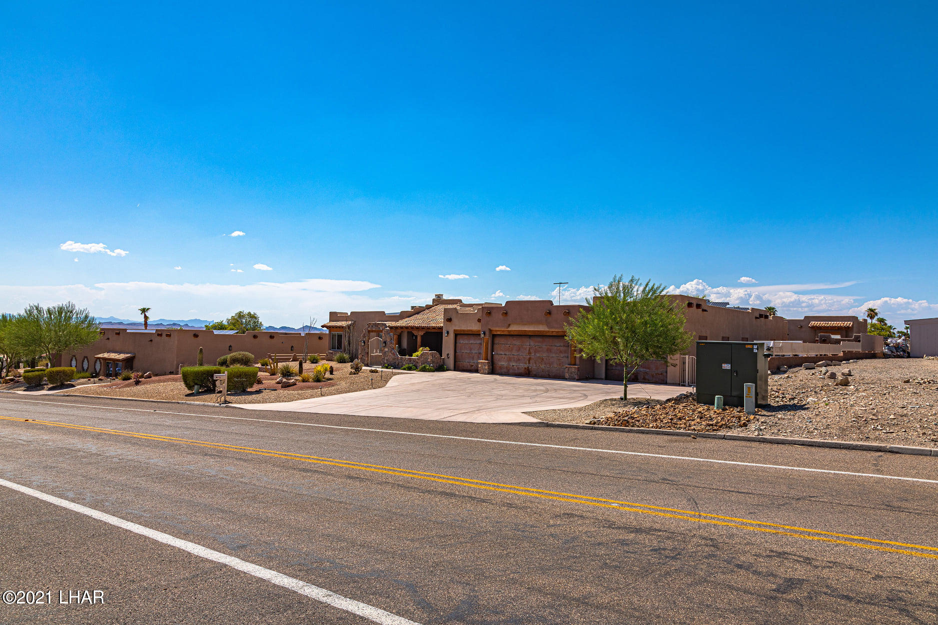 Listing photo id 4 for 351 Mulberry