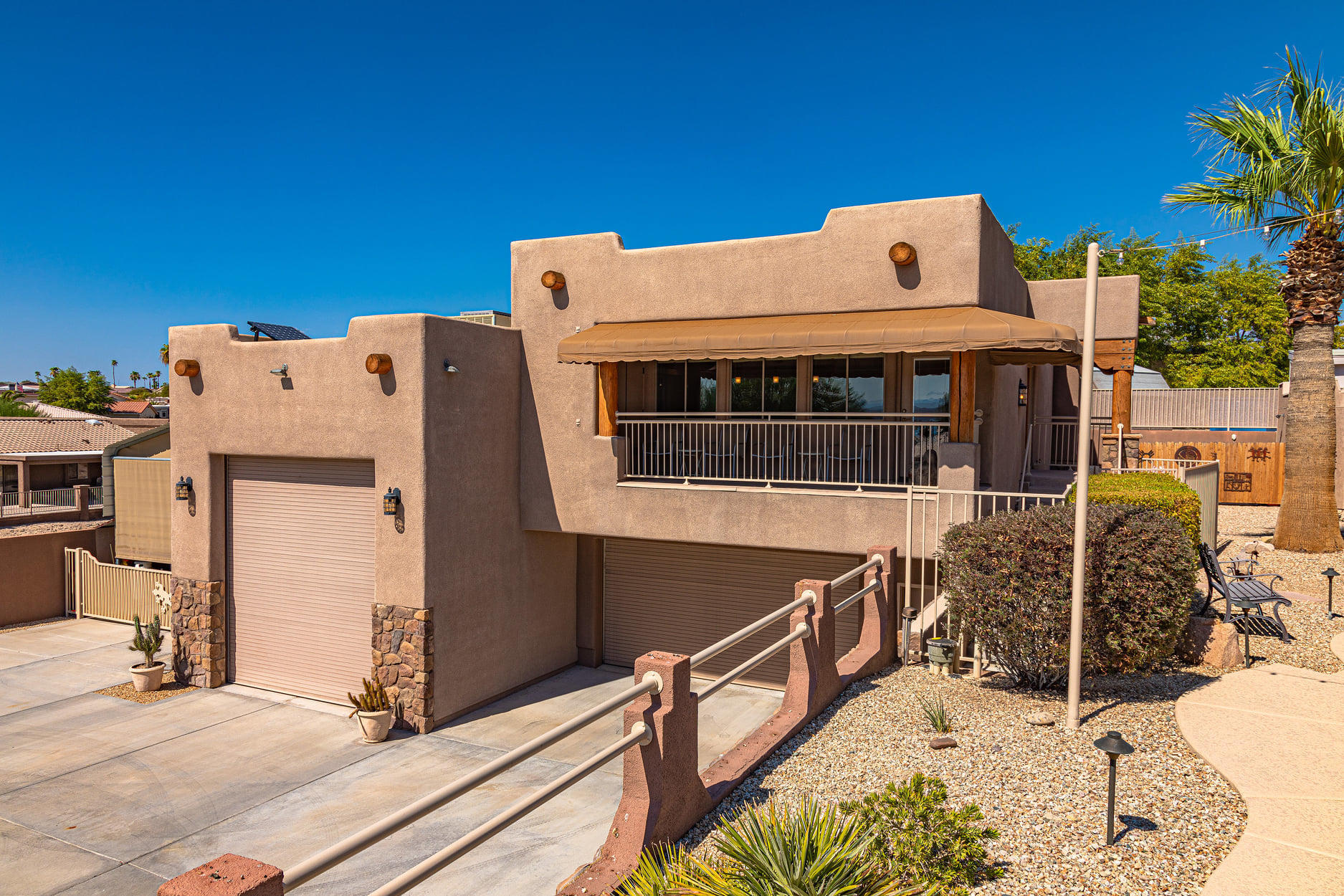 Listing photo id 34 for 351 Mulberry