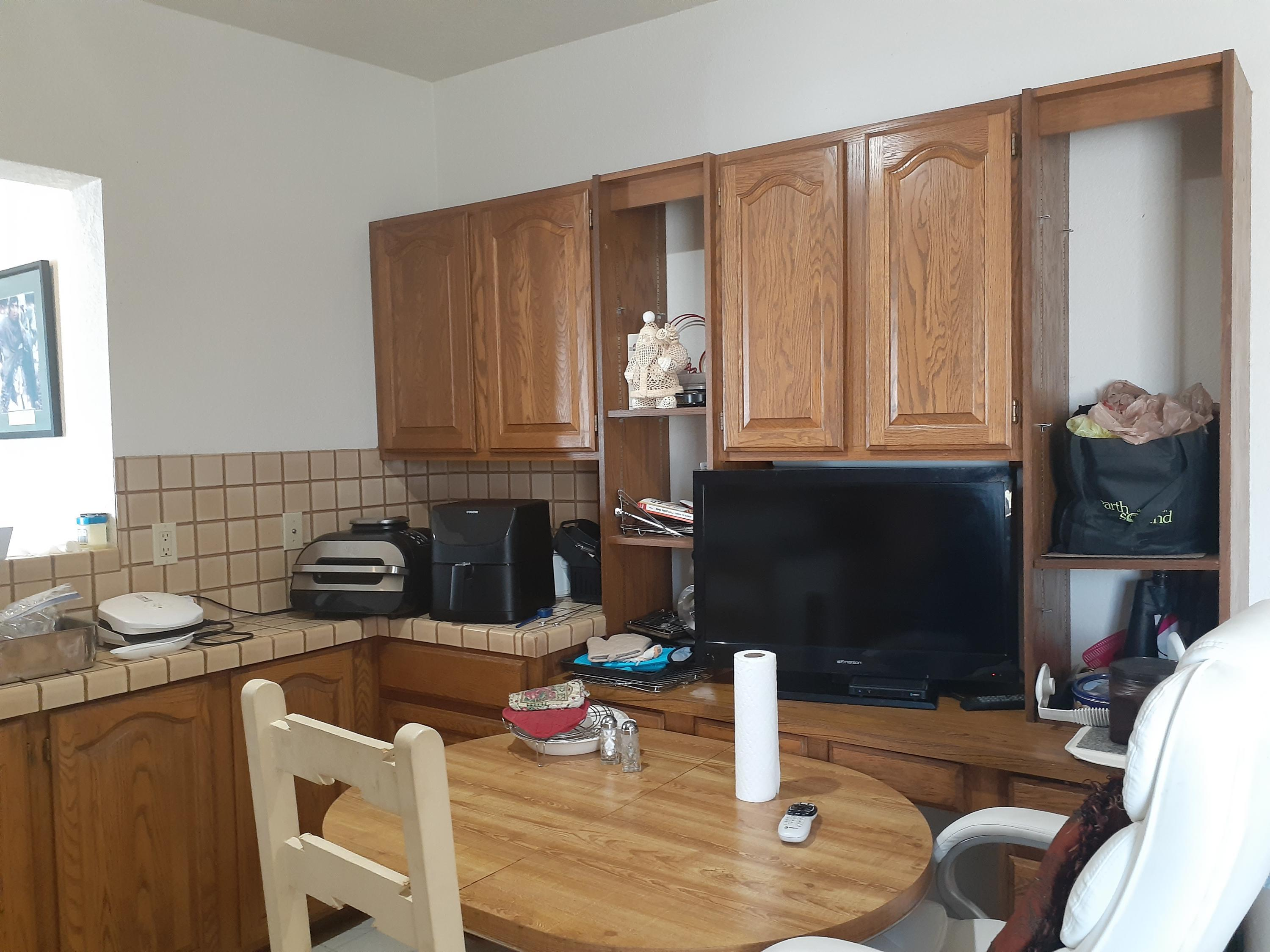 Listing photo id 36 for 920 Lakeside