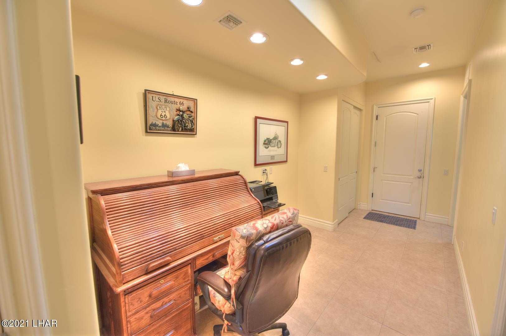 Listing photo id 34 for 8930 Riverside