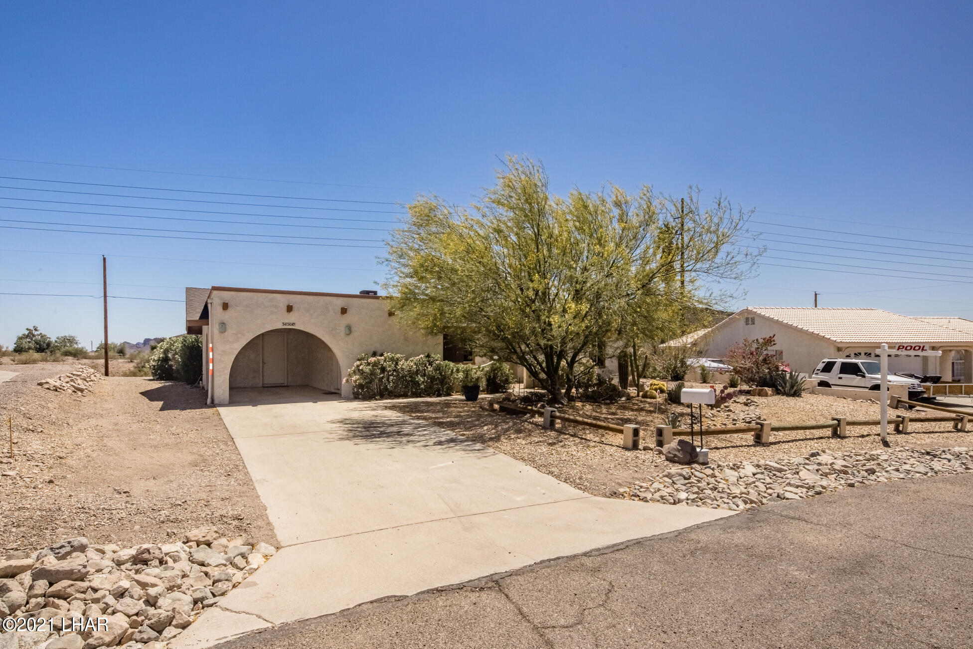 Listing photo id 3 for 3450 Candlewood