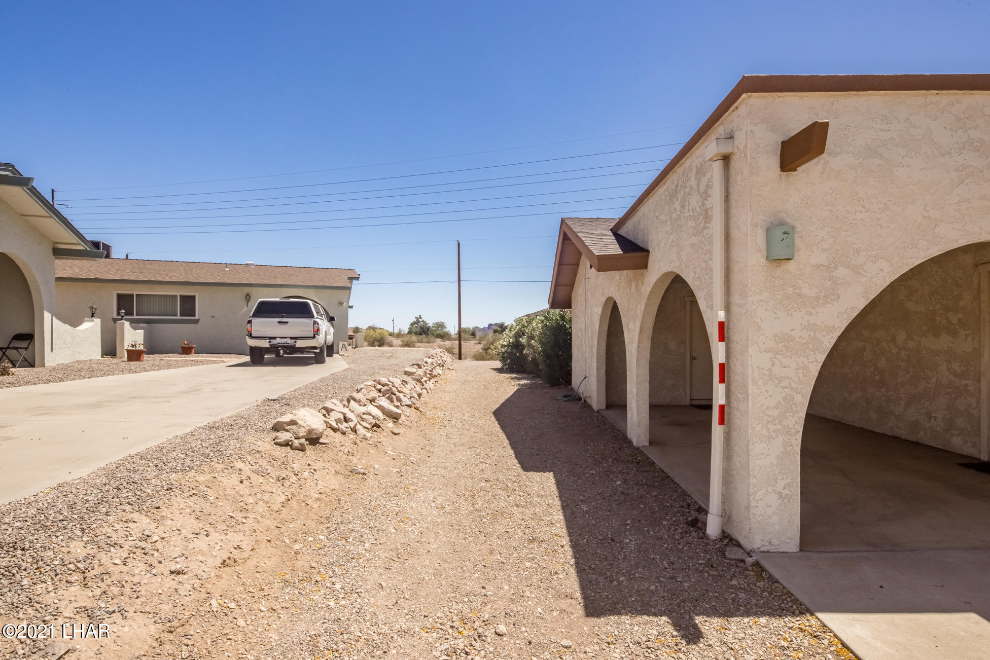 Listing photo id 6 for 3450 Candlewood