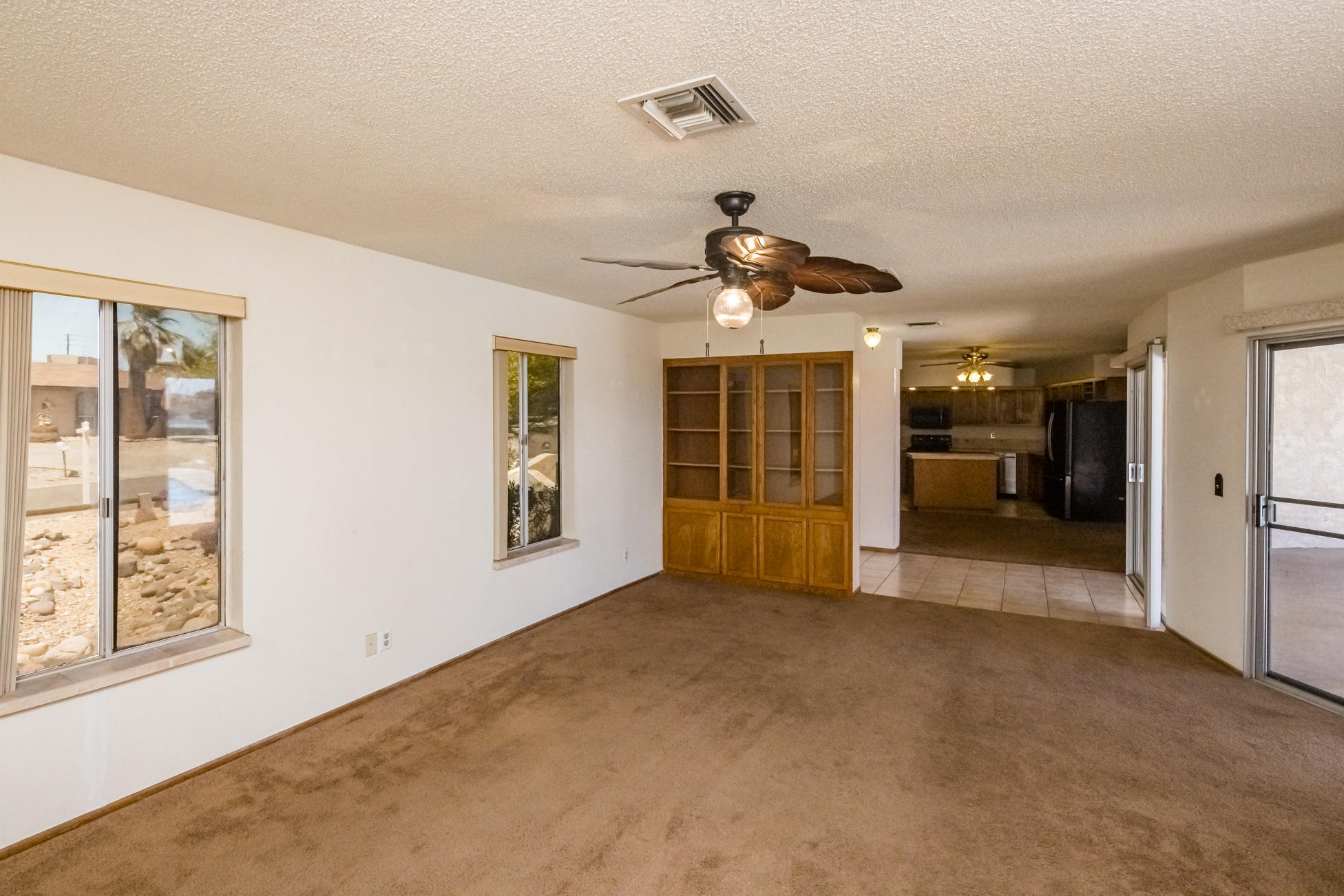 Listing photo id 11 for 3450 Candlewood