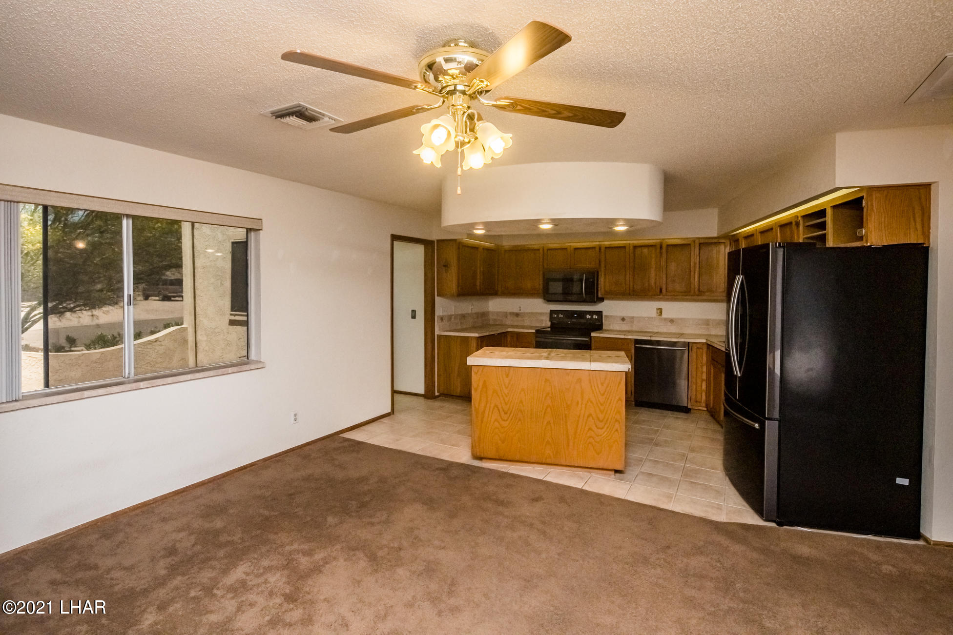 Listing photo id 14 for 3450 Candlewood