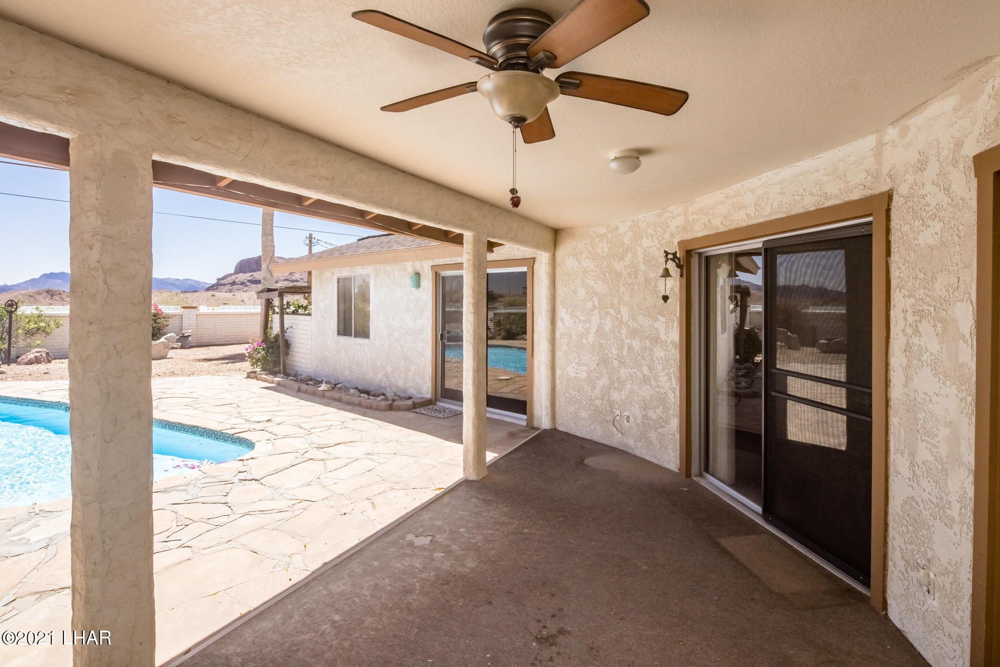 Listing photo id 31 for 3450 Candlewood