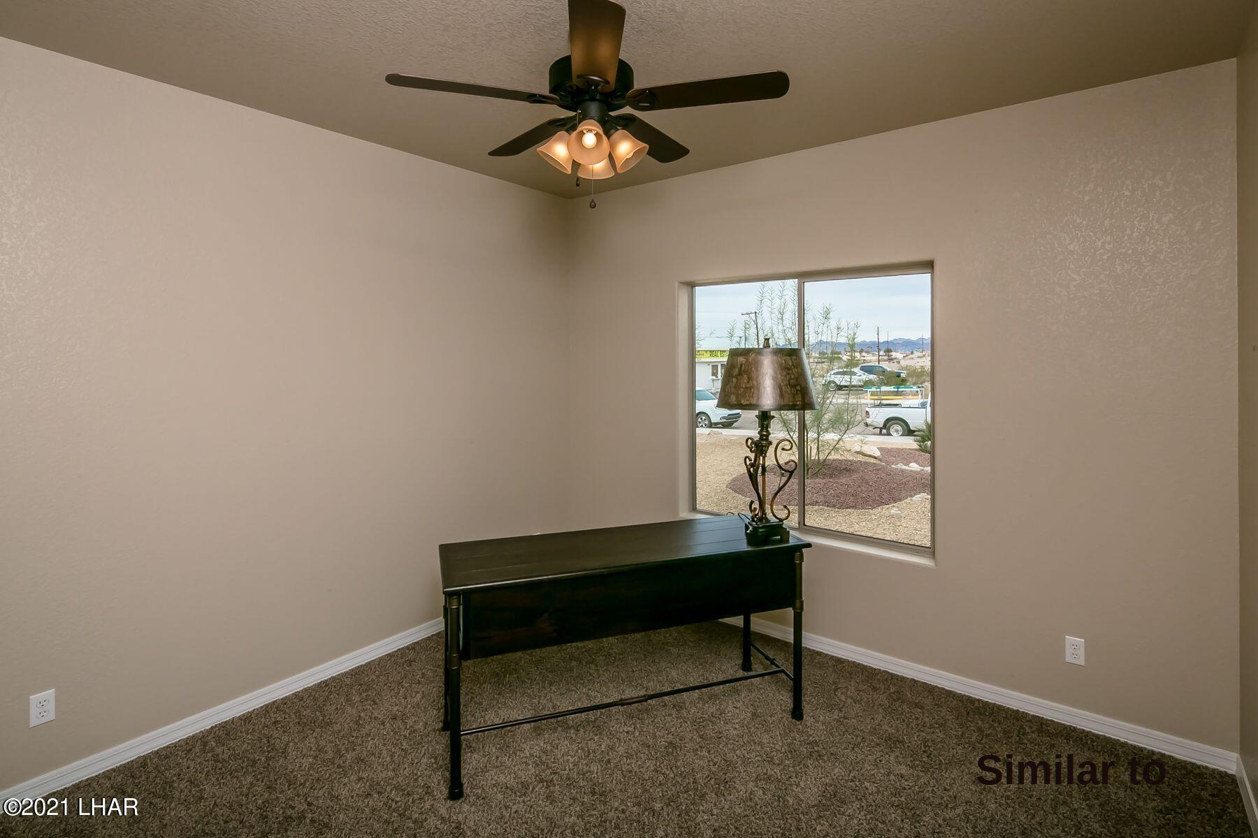Listing photo id 13 for 2050 Palo Verde N