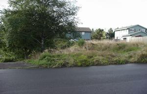 323 NE San Bayo Cir, Newport, OR 97365-2236 - Lot