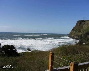 U: 186 Inn At Otter Crest, Otter Rock, OR 97369 - View from Lower Deck