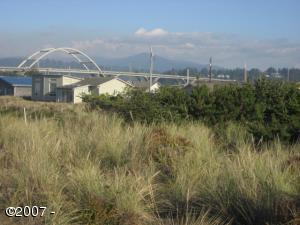 717 NW Oceania Dr, Waldport, OR 97394 - Bridge View