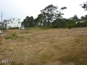 1142 NW 13th St, Lincoln City, OR 97367 - Property