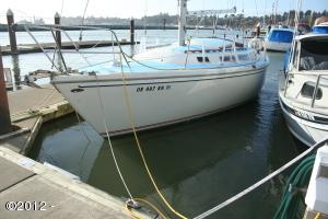 1000 M-1 SE Bay Blvd, Newport, OR 97365 - Slip
