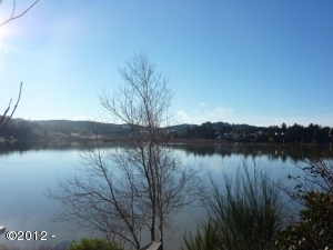 80.1 Ne Lakewood, Lincoln City, OR 97367 - Lake Front View