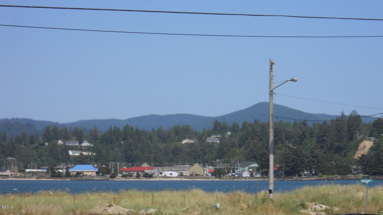 110 NW Sunset Way, Waldport, OR 97394 - View from Lot