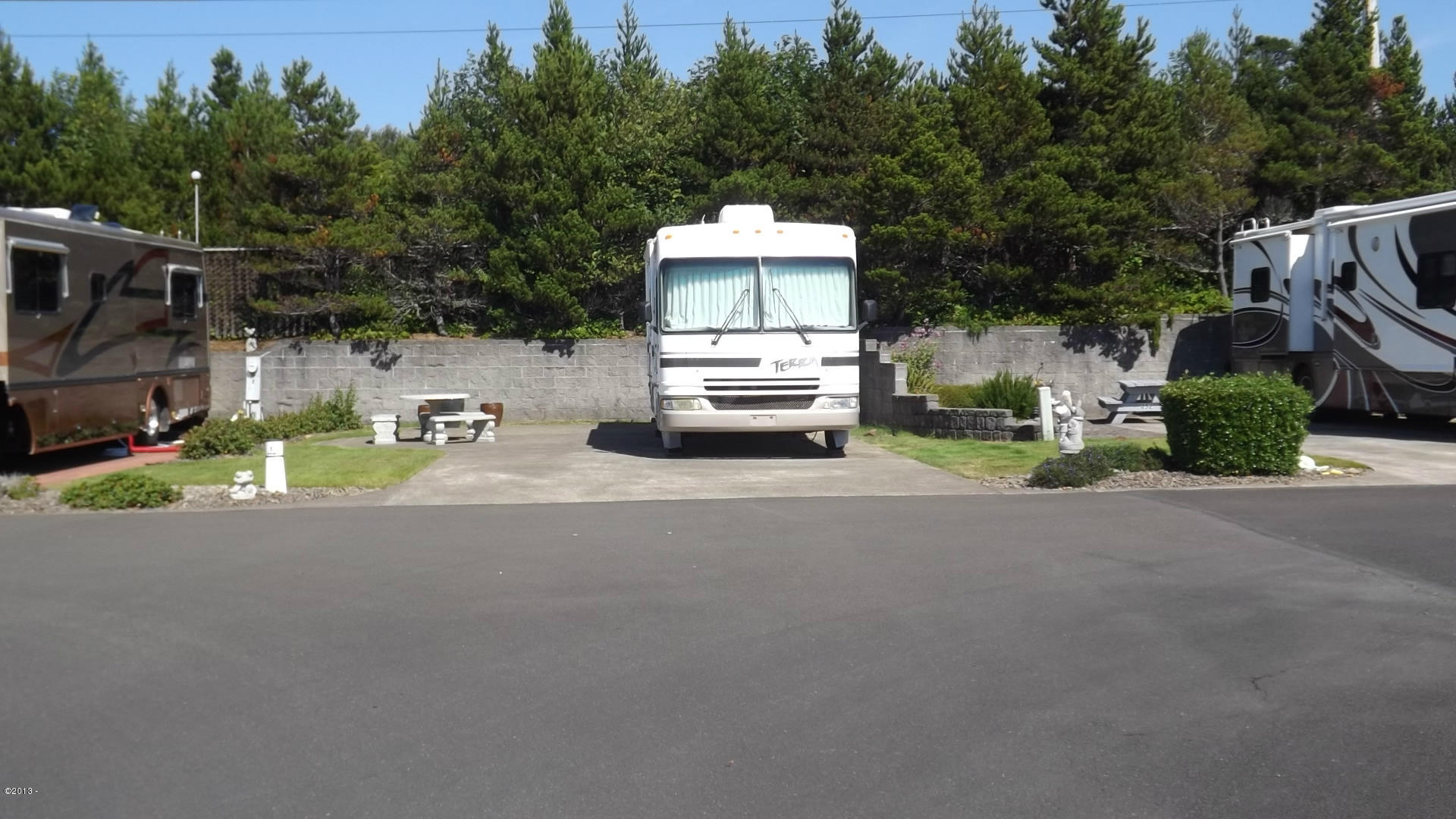 6225 N. Coast Hwy., Lot 1, Newport, OR 97365 - Lot 1 View from the street