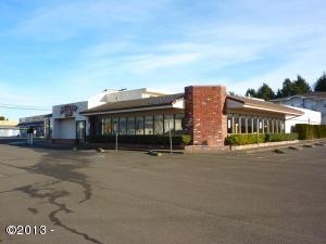 1910 SE Hwy 101, Lincoln City, OR 97367 - Exterior