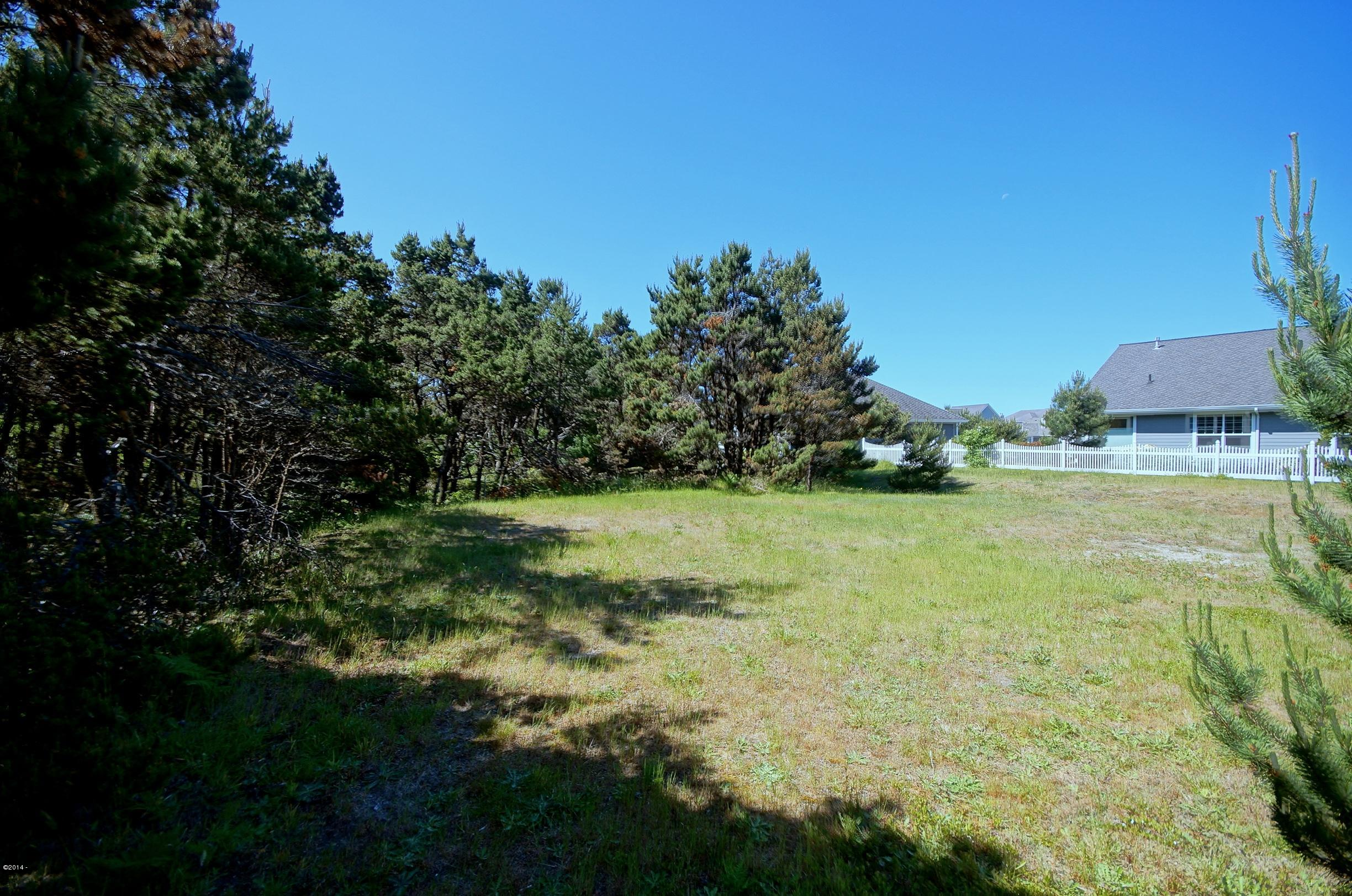 T/L 3000 SW 59th, South Beach, OR 97366 - Southshore Spacious Lot