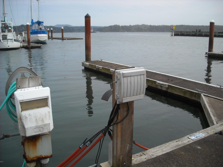 1000 Bay Blvd. M-112 (moorage), Newport, OR 97365 - M-112