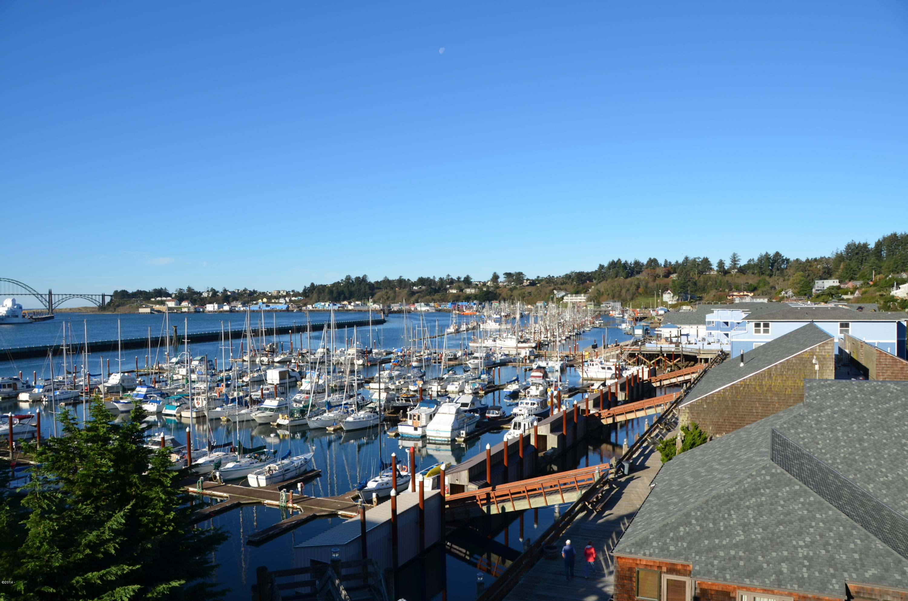 1000 S.E. Bay Blvd. Moorage M-33, Newport, OR 97365 - Embarcadero Marina