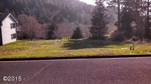 9500 Jennifer Dr, Yachats, OR 97498 - Quiet Water lot frontage.jpg