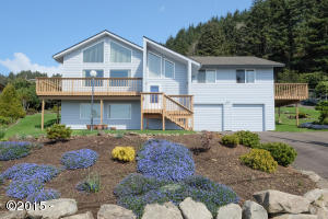 7554 NE Neptune Dr, Lincoln City, OR 97367 - 7554 NE Neptune Dr (mls)-3.jpg