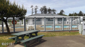 6225 N Coast Hwy Lot 98, Newport, OR 97365