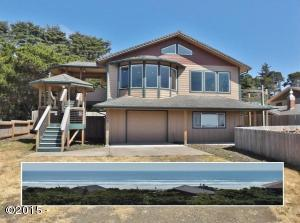3305 NW Hidden Lake Dr., Waldport, OR 97394