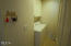 6034 Cupola Dr, South Beach, OR 97366 - Laundry