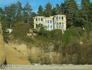 1845 SW McDonald Ave, Depoe Bay, OR 97341
