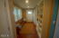 7601 N Coast Hwy, Newport, OR 97365 - Mudroom