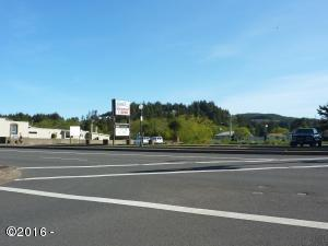 5040 SE Highway 101, Lincoln City, OR 97367