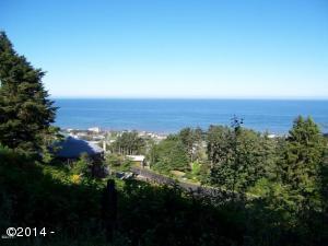 Panoramic ocean view lot