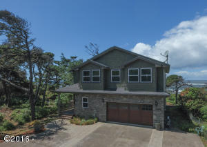 11244 S COAST HWY, Seal Rock, OR 97366