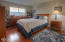 2550 NW Pacific St, Newport, OR 97365 - family room with view