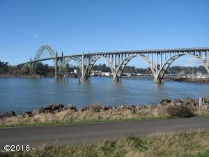 236 SW 27th St, Newport, OR 97365 - Yaquina Bay Bridge