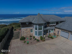 12360 NW Ocean Vista Ln, Seal Rock, OR 97376
