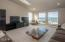 51 Lincoln Shore Star Resort, Lincoln City, OR 97367 - Family Room - View 2 (1280x850)